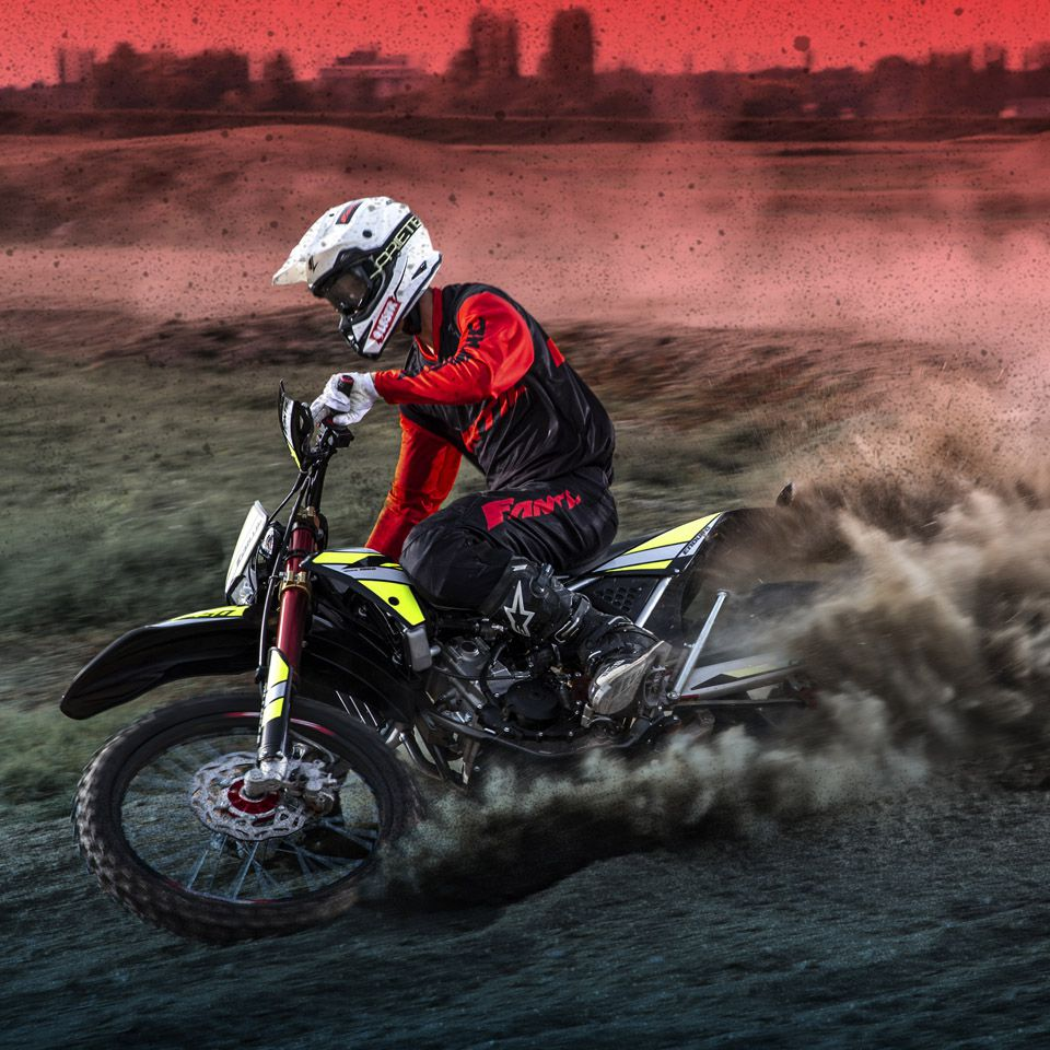 motorcycle fantic enduro motocross